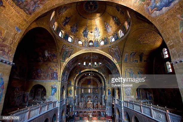 venice, interior view of basilica of san marco - basilica di san marco foto e immagini stock