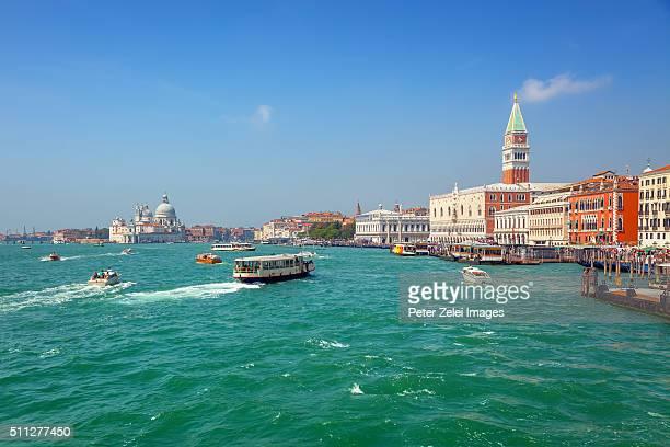 venice, view from the venetian lagoon - vaporetto stock-fotos und bilder