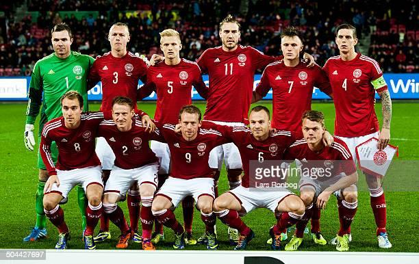 Venskabskamp Danmark vs Norge Danmark Holdfoto bag rk fr v Keeper Stephan Andersen Danmark / Denmark Simon Kjær Danmark / Denmark Nicolai Boilesen...