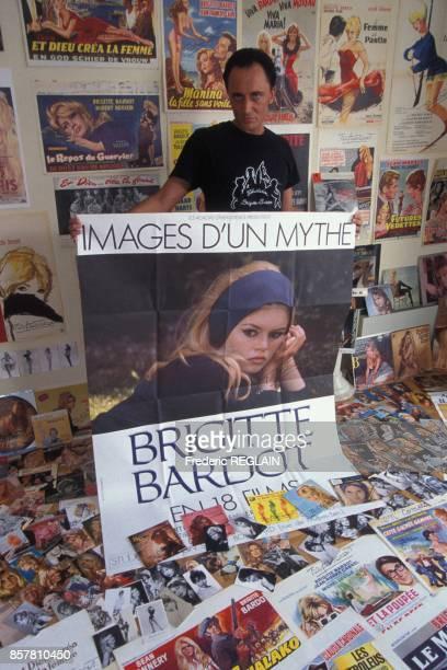 Vente d'une collection d'objets appartenant a Tony William relatifs a Brigitte Bardot a l'Hotel des ventes Drouot le 13 septembre 1994 a Paris France