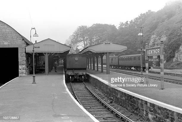 Ventnor Station, 23 Ventnor-Ryde train. October 1949. 23 Ventnor-Ryde train. October 1949