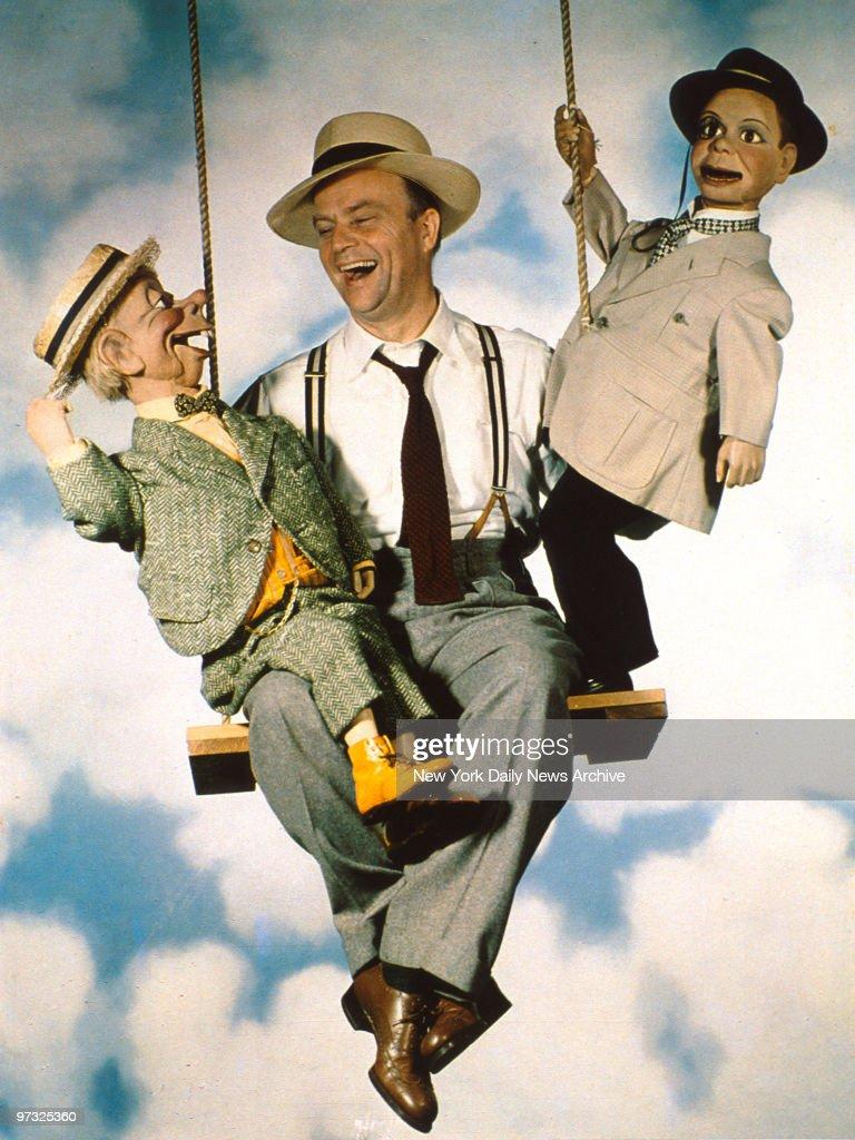 Ventriloquist Edgar Bergen takes a ride with his sidekicks M : News Photo