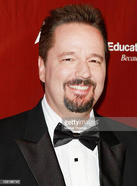 Ventroliquist Terry Fator arrives at a special performance of ' Terry Fator Ventriloquism in Concert' to benefit the Public Education Foundation at...