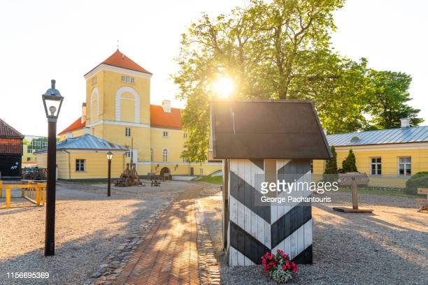 ventspils castle, latvia - lettland stock-fotos und bilder