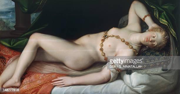 Venus reclining by Heintz the Elder Vienna Kunsthistorisches Museum