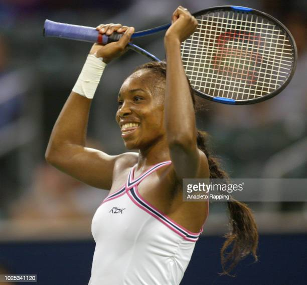 Venus Williams defeated Elena Likhovtseva 6161 on Centre Court in the JP Morgan Chase Open at the Home Depot Center in Carson California Williams...