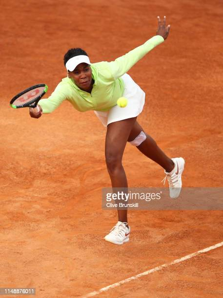 Venus Williams of the United States plays a forehand against Elise Mertens of Belgium in their first round match during day two of the International...