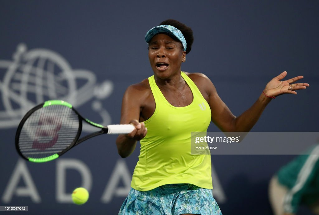 Venus Williams of the United States returns a shot to Heather Watson of Great Britain during Day 4 of the Mubadala Silicon Valley Classic at Spartan Tennis Complex on August 2, 2018 in San Jose, California.