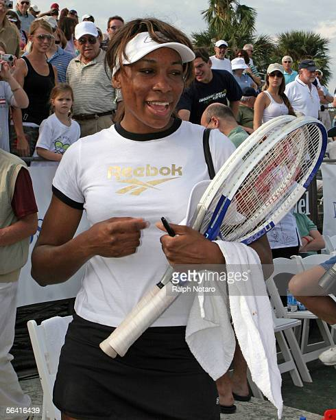 Venus Williams participates in the Andy Roddick Foundation Celebrity Tennis Match at the Polo Club of Boca Raton December 11 2005 in Boca Raton...