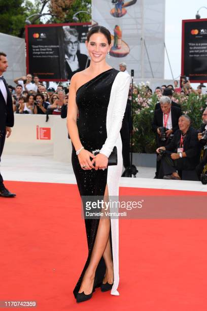 Vera Arrivabene walks the red carpet ahead of the Opening Ceremony and the La Vérité screening during the 76th Venice Film Festival at Sala Grande on...