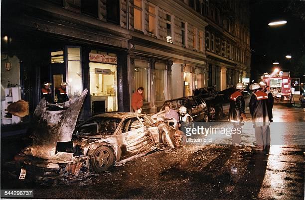Verbrechen Deutschland Hamburg Neustadt durch eine Autobombe zerstörter Ferrari Testarossa in der Poolstrasse Der polnische Geschäftsmann Zbigniew...