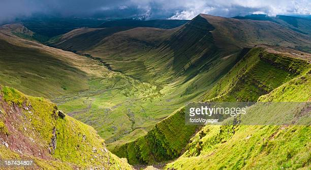 verdant valleys dramatic escarpments brecon beacons wales uk - wales stockfoto's en -beelden