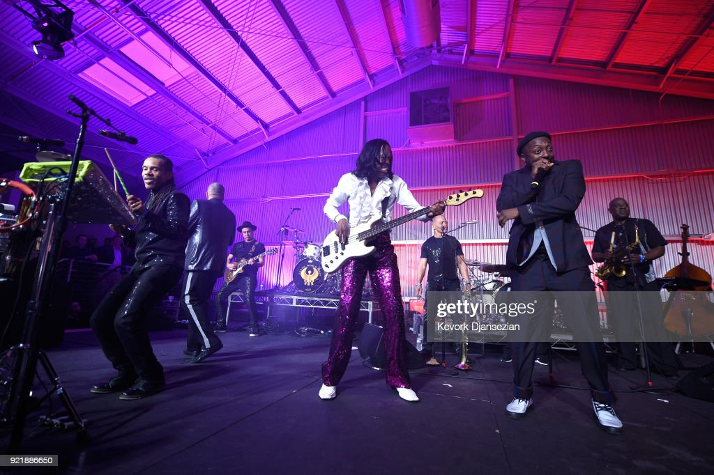 Verdine White and will.i.am perform onstage at will.i.am's i.am.angel Foundation TRANS4M 2018 Gala, Honoring Sean Parker, Chairman, Parker Institute for Cancer Immunotherapy at Milk Studios on February 20, 2018 in Hollywood, California.