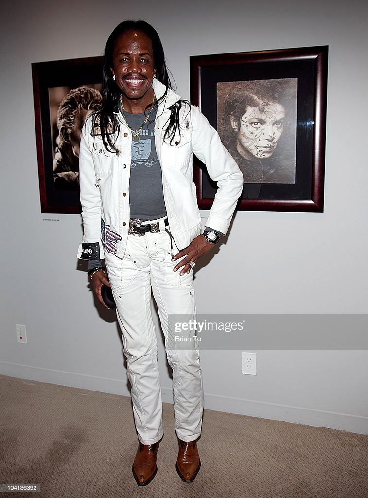 Verdine White attends the opening night reception of 'Greg Gorman: A Distinctive Vision 1970-2010' at Pacific Design Center on September 15, 2010 in West Hollywood, California.