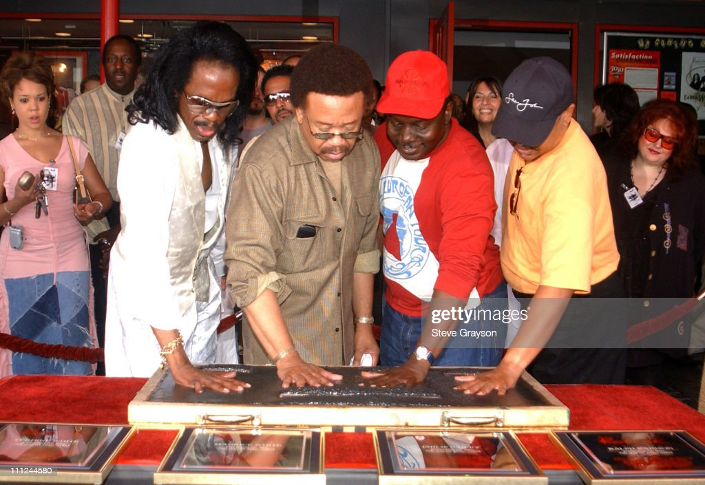 Earth, Wind & Fire Inducted into Guitar Center's RockWalk