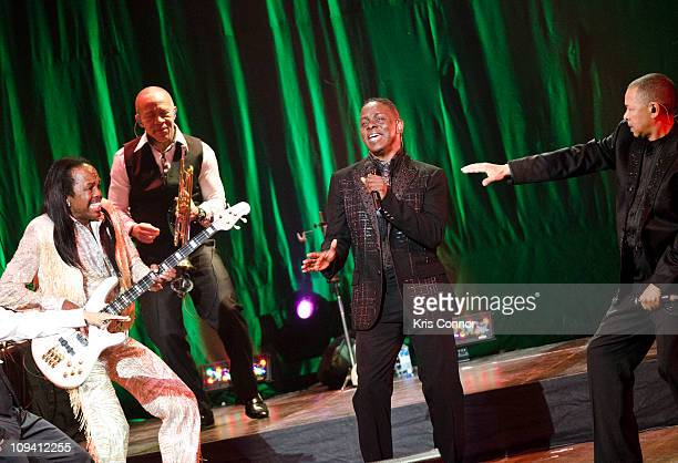 Verdine White Philip Bailey and Ralph Johnson of Earth Wind and Fire perform a benefit concert for the Duke Ellington School of the Arts at the John...