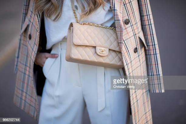 Verena Ahmann wearing a creme coloured checked pattern long blazer and a off white highwaist trousers from Mango creme blouse Zara creme shoes...
