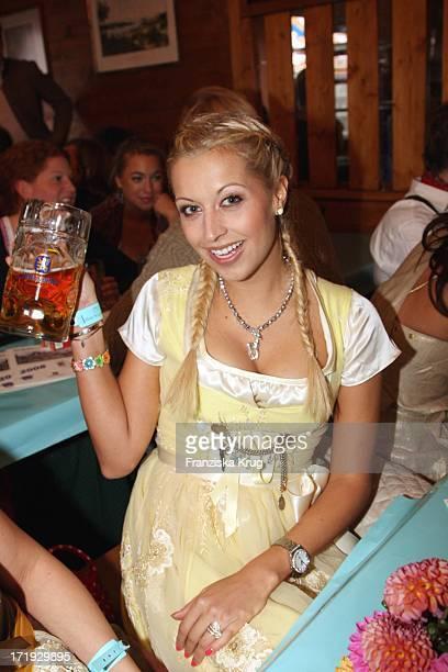 Verena Kerth Im Schützenfestzelt Bei 'Frühstück Bei Tiffany' Am 200908