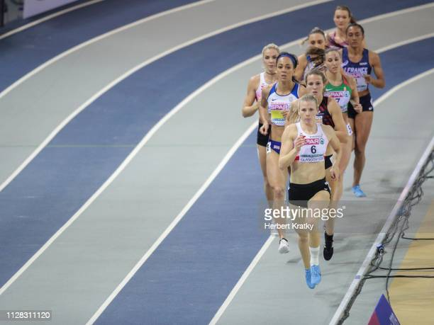 Verena Preiner of Austria Katarina JohnsonThompson of Great Britain Anouk Vetter of the Netherlands and Ivona Dadic of Austria compete in the 800m...