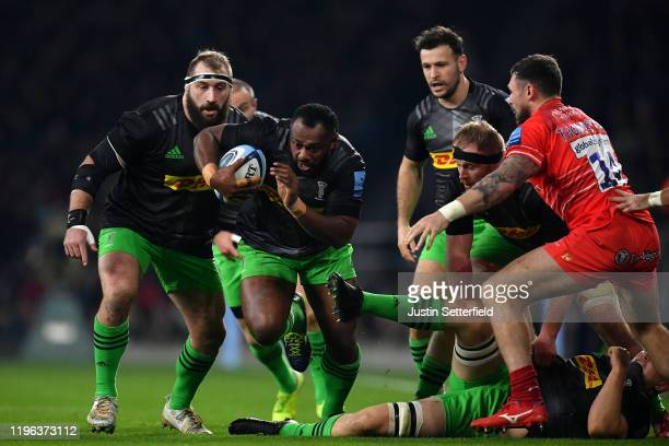 Vereniki Goneva of Harlequins makes a break during the Gallagher Premiership Rugby Big Game 12 match between Harlequins and Leicester Tigers at...