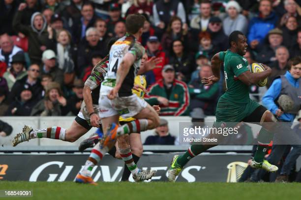 Vereniki Goneva of Leicester Tigers sprints clear of the Harlequins defence to score the opening try during the Aviva Premiership match between...