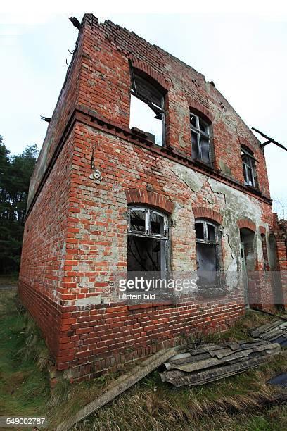 verfallende Wohnhausruine in Grittel Westmecklenburg