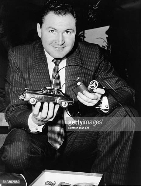 vergoldetes ferngesteuertes Spielzeugauto für den Enkel des USPräsidenten1953
