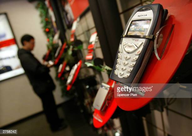 Verizon cell phones are shown on display at a store November 24 2003 in New York City US cell phone customers can now switch carriers without...