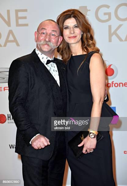 Verleihung der Goldenen Kamera in Hamburg Horst Lichter mit Frau Nadja