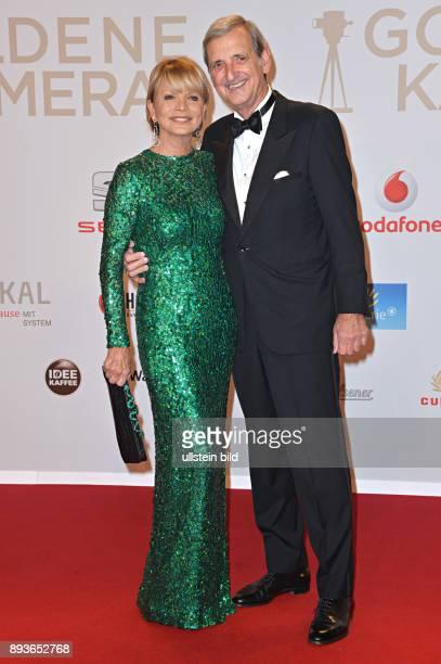 Verleihung der Goldenen Kamera in Hamburg Uschi Glas mit Ehemann Dieter Hermann