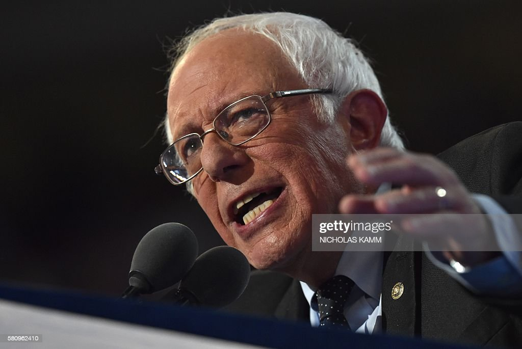 Vermont Senator and former Democratic presidential candidate Bernie Sanders speaks on Day 1 of the Democratic National Convention at the Wells Fargo Center in Philadelphia, Pennsylvania, July 25, 2016. / AFP / Nicholas Kamm
