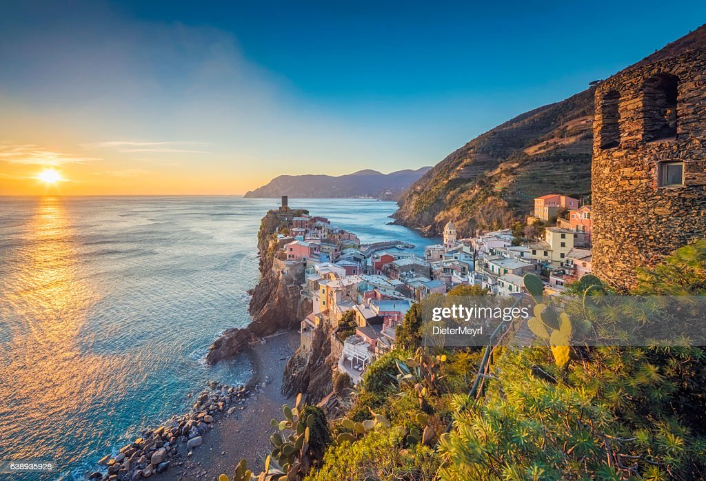Vernazza at sunset, Cinque Terre National Park, Ligurian Riviera, Italy : Stock Photo