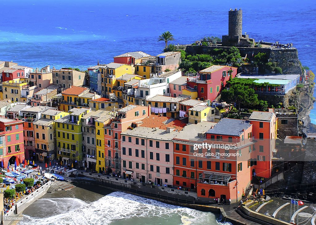 Colorful houses at seaside, Vernazza, Cinque Terre, Italy.