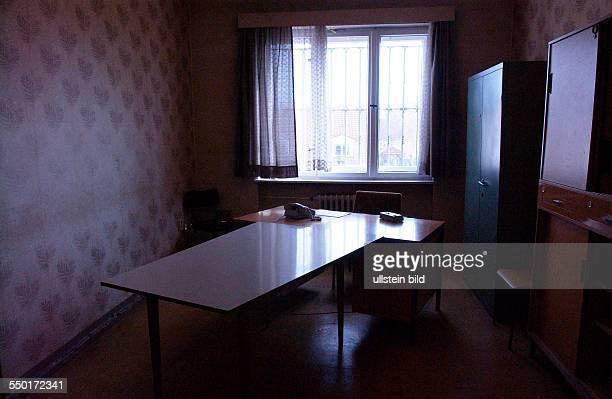Vernehmungszimmer in der Ehemaligen Untersuchungshaftanstalt des Ministeriums für Staatssicherheit in Berlin Hohenschönhausen
