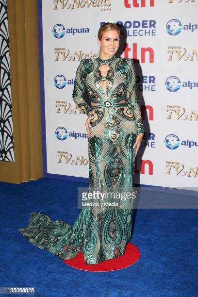Verónica Montes pose on the red carpet during the 'TV y Novelas' Awards 2019 at Campo Marte on March 10 2019 in Mexico City Mexico