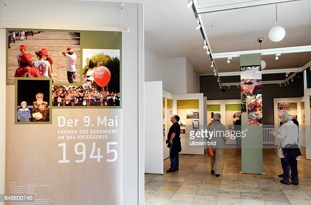 Vernissage zur Ausstellung --Der 9.Mai Formen des Gedenkens an das Kriegsende 1945-- Museumsfest - 70 Jahre Ende des zweiten Weltkrieges....