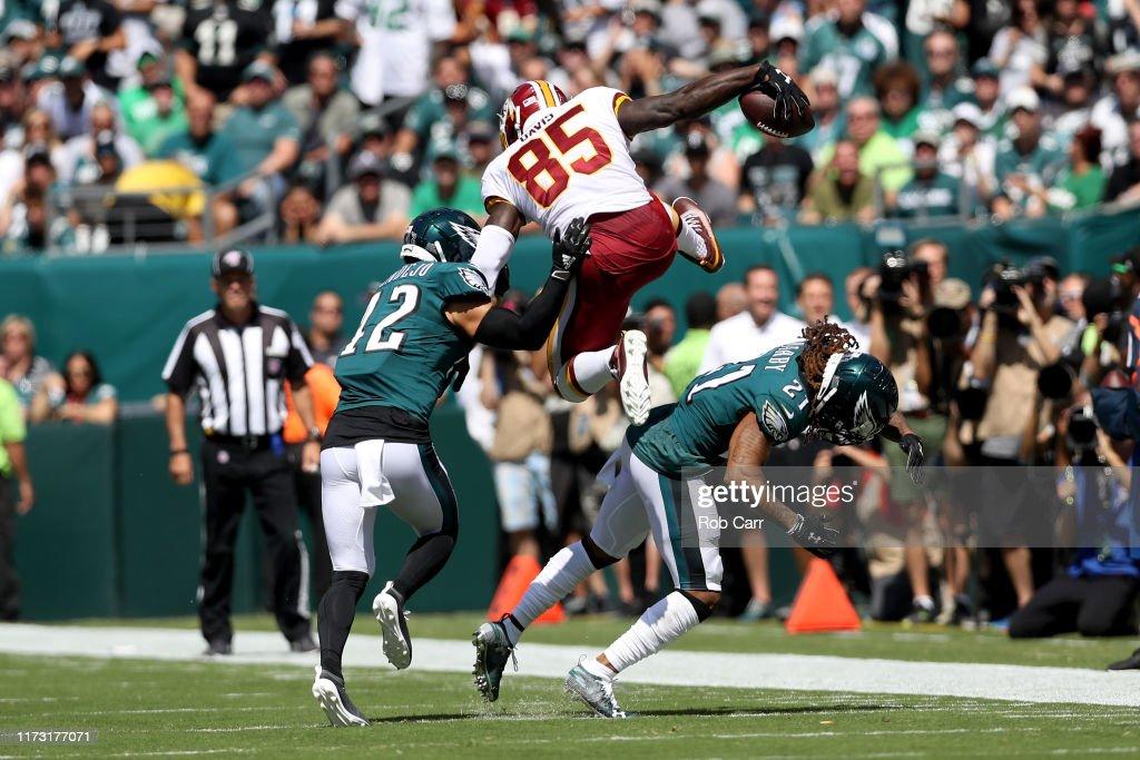 Washington Redskins vPhiladelphia Eagles : News Photo
