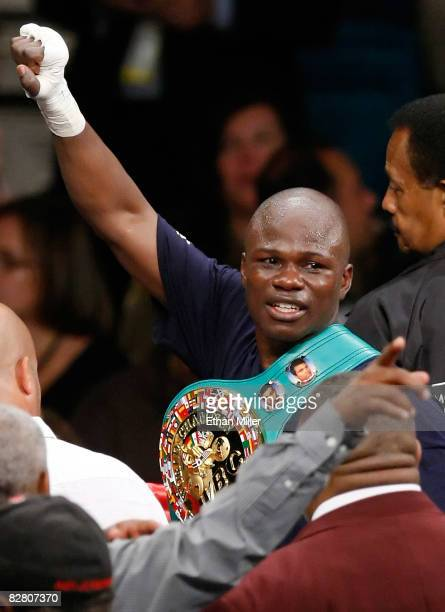 Vernon Forrest celebrates his unanimousdecision victory over Sergio Mora to reclaim the WBC super welterweight title at the MGM Grand Garden Arena...