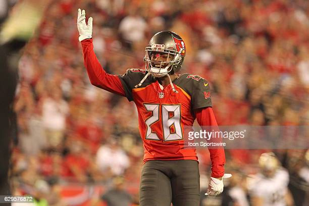 Vernon Hargreaves III of the Buccaneers waves to the fans during the NFL Game between the New Orleans Saints and Tampa Bay Buccaneers on December 11...