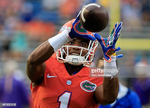 Vernon Hargreaves III of the Florida Gators warms up before the game at Ben Hill Griffin Stadium on September 12 2015 in Gainesville Florida