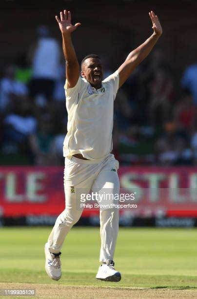 Vernon Philander of South Africa appeals during Day One of the Third Test between England and South Africa on January 16, 2020 in Port Elizabeth,...