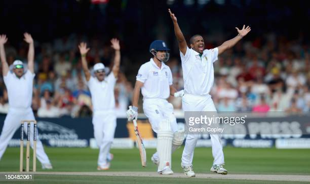 Vernon Philander of South Africa celebrates dismissing Alastair Cook of England during day four of 3rd Investec Test match between England and South...