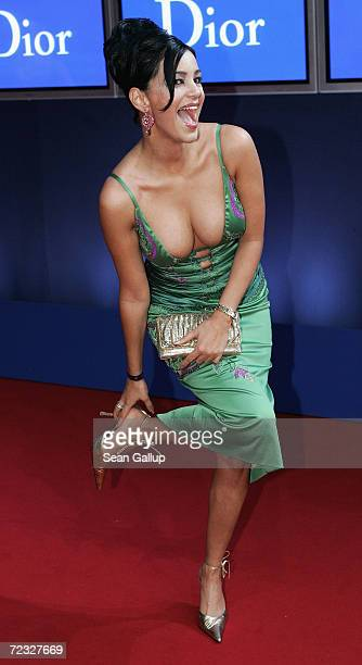 Verona Pooth arrives at the Bambi Awards 2004 at the Theater im Hafen on November 18 2004 in Hamburg Germany