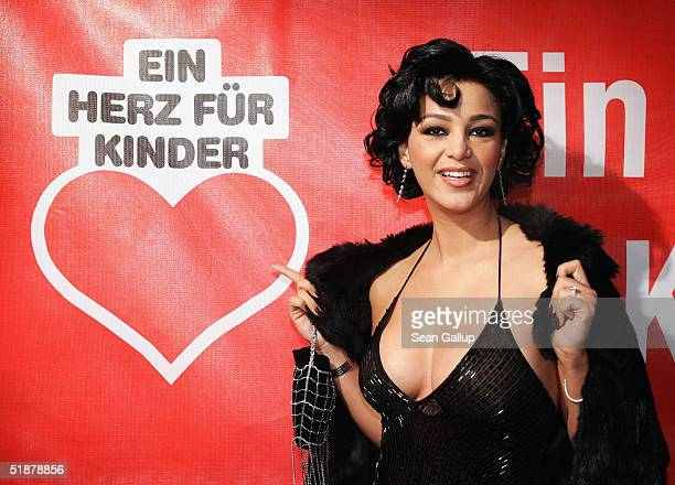Verona Pooth arrives at the 'Ein Herz Fuer Kinder' Gala on December 18 2004 at The Axel Springer building in Berlin Germany