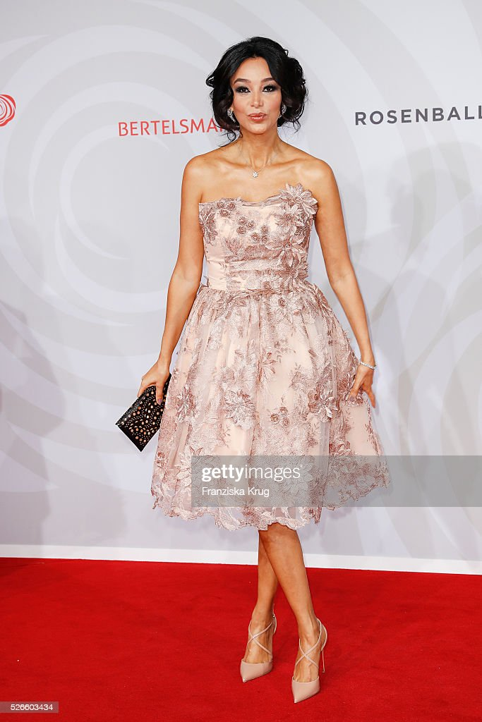 Verona Pooth, wearing a dress by Lana Mueller Couture, attends the Rosenball 2016 on April 30 in Berlin, Germany.