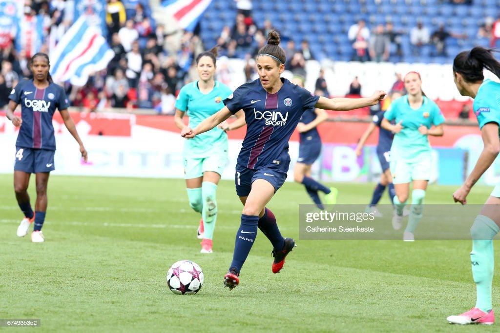 Paris Saint Germain v Barcelona - UEFA Women's Champions League : News Photo