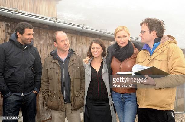 """Veronica Ferres , Ulrich Noethen , Esther Zimmering , Mehdi Nebbou , Lancelot von Naso , Dreharbeiten zum ZDF-Film """"Mein Mann, ein Mörder"""" -..."""