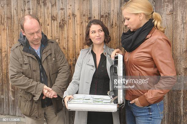 """Veronica Ferres , Ulrich Noethen , Esther Zimmering , ZDF-Film """"Mein Mann, ein Mörder"""" - Arbeitstitel: """"Das Herz ist eine leichte Beute"""", Bergstation..."""