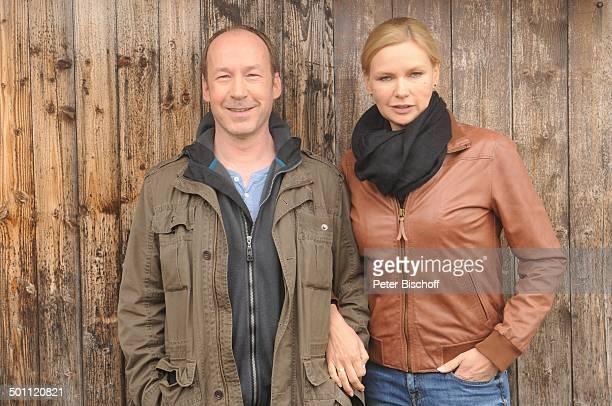 """Veronica Ferres , Ulrich Noethen , ZDF-Film """"Mein Mann, ein Mörder"""" - Arbeitstitel: """"Das Herz ist eine leichte Beute"""", Bergstation """"Karwendelbahn"""",..."""