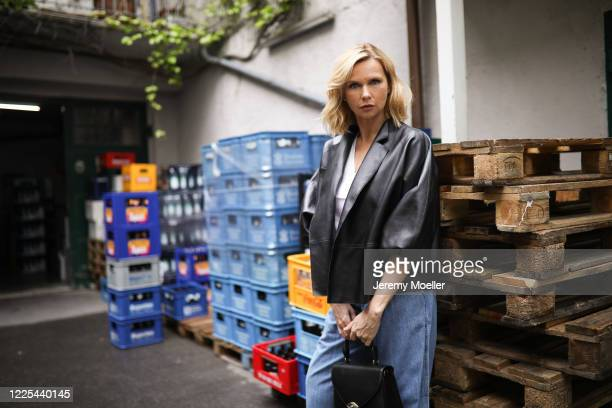 Veronica Ferres wearing Longchamp bag and Levis jeans on May 13, 2020 in Munich, Germany.